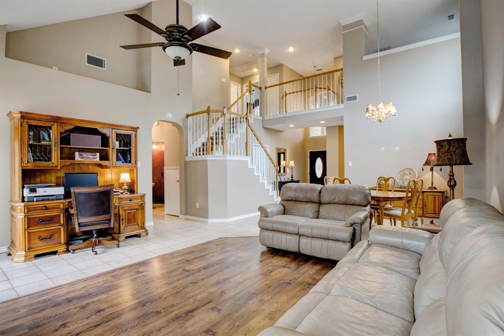 1809 Greenhaven  Lane, Grapevine, Texas 76051 - acquisto real estate best prosper realtor susan cancemi windfarms realtor