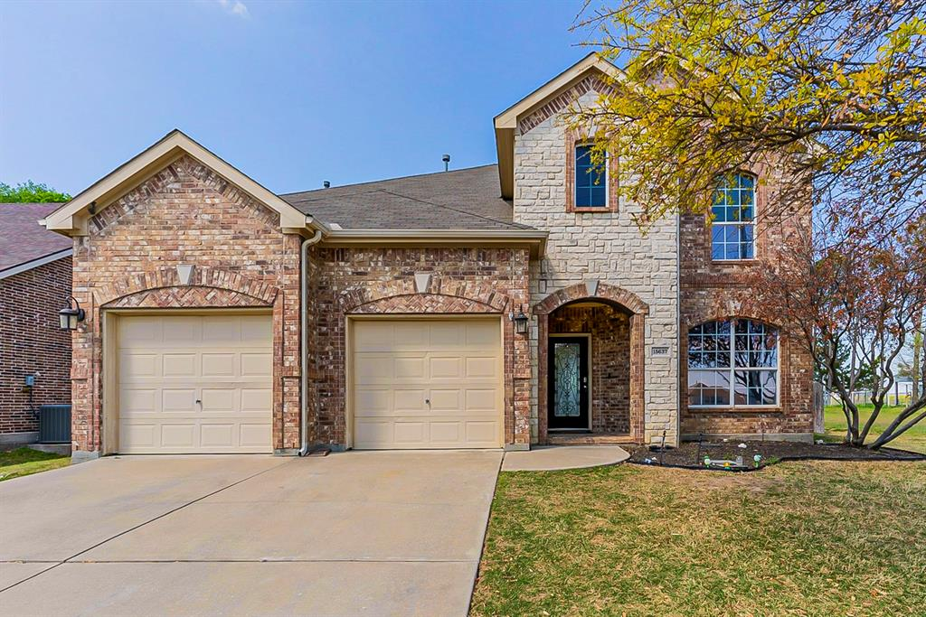 15637 Gatehouse  Drive, Fort Worth, Texas 76262 - Acquisto Real Estate best frisco realtor Amy Gasperini 1031 exchange expert