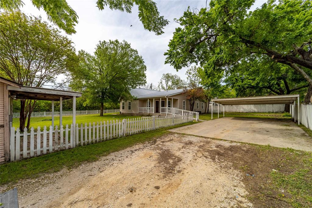 1065 Pecan  Street, Stephenville, Texas 76401 - acquisto real estate best highland park realtor amy gasperini fast real estate service