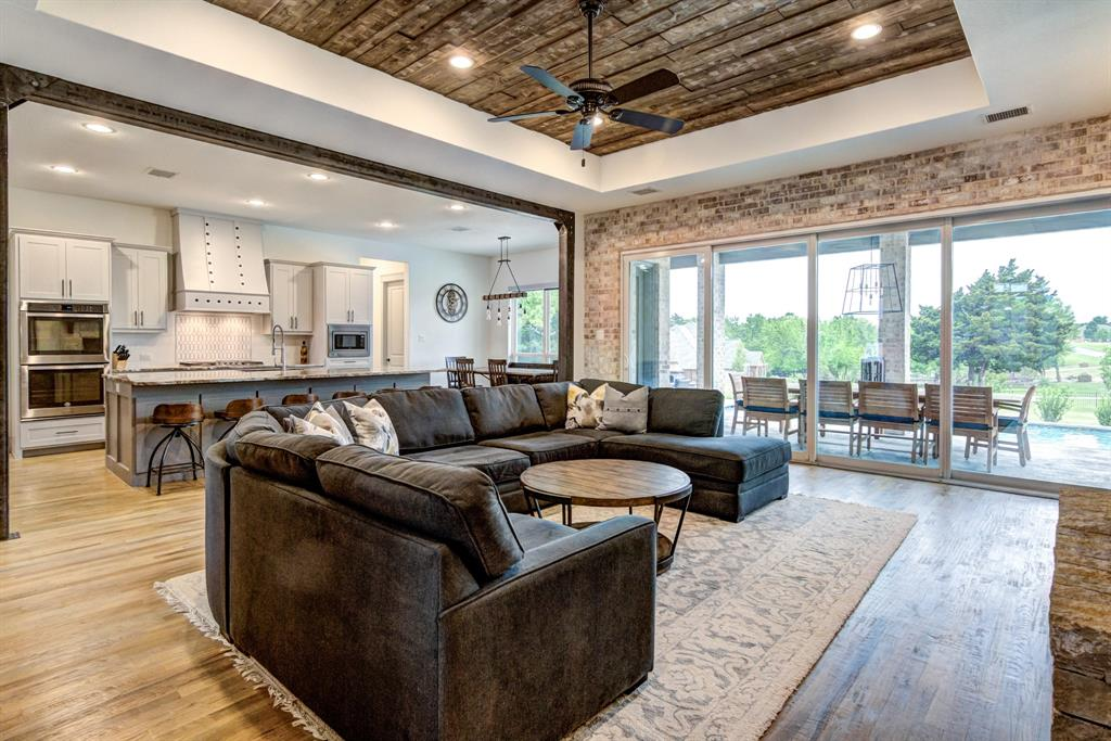 4704 Lake Shore  Drive, McKinney, Texas 75071 - acquisto real estate best the colony realtor linda miller the bridges real estate