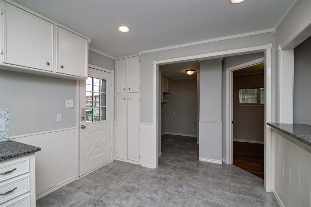 500 Ellen  Avenue, Hurst, Texas 76053 - acquisto real estate best real estate company to work for