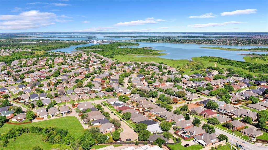 4536 Rustic Ridge  Court, The Colony, Texas 75056 - acquisto real estate best negotiating realtor linda miller declutter realtor
