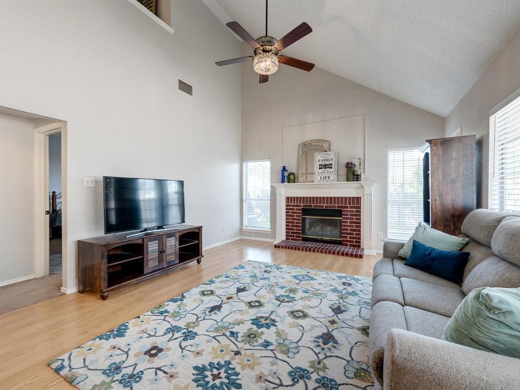 912 Azalia  Drive, Lewisville, Texas 75067 - acquisto real estate best the colony realtor linda miller the bridges real estate