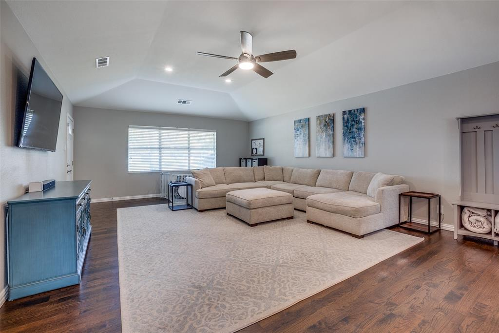 6844 Town North  Drive, Dallas, Texas 75231 - acquisto real estate best flower mound realtor jody daley lake highalands agent of the year