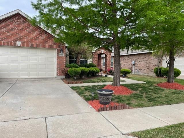 12724 Foxpaw  Trail, Fort Worth, Texas 76244 - Acquisto Real Estate best mckinney realtor hannah ewing stonebridge ranch expert