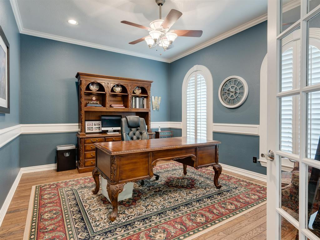 8309 Valley Oaks  Drive, North Richland Hills, Texas 76182 - acquisto real estate best highland park realtor amy gasperini fast real estate service