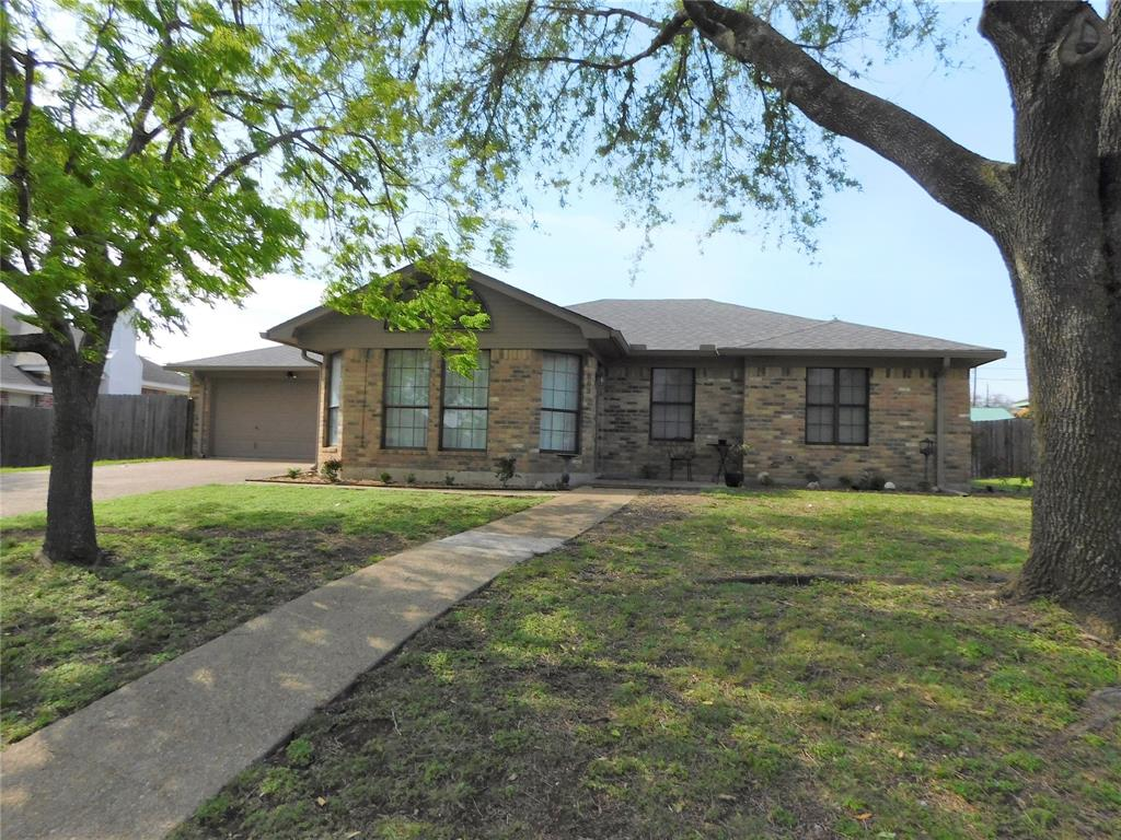 809 Pawnee  Trail, Hewitt, Texas 76643 - Acquisto Real Estate best frisco realtor Amy Gasperini 1031 exchange expert