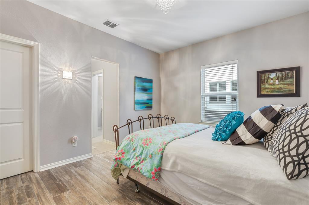 3590 Hickory Grove  Lane, Frisco, Texas 75033 - acquisto real estate best negotiating realtor linda miller declutter realtor