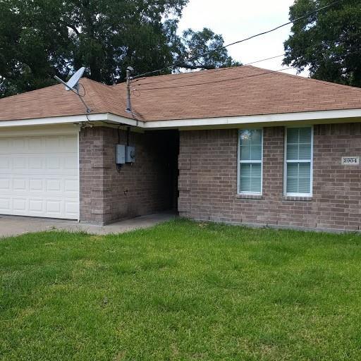 2904 ANDERSON  Street, Greenville, Texas 75401 - Acquisto Real Estate best frisco realtor Amy Gasperini 1031 exchange expert