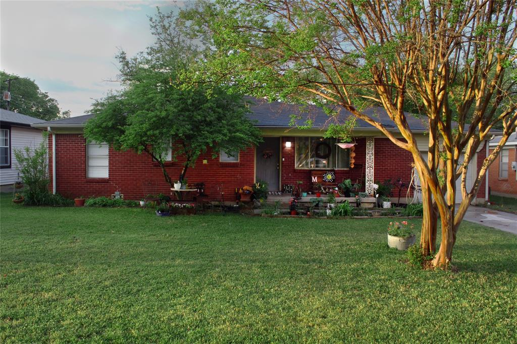 1013 Black  Street, Hurst, Texas 76053 - Acquisto Real Estate best plano realtor mike Shepherd home owners association expert