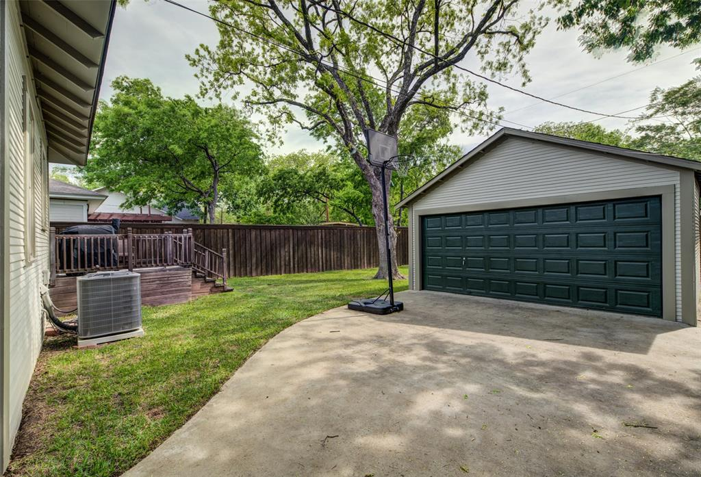 610 Clinton  Avenue, Dallas, Texas 75208 - acquisto real estate best frisco real estate agent amy gasperini panther creek realtor