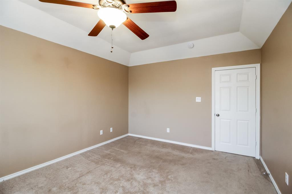 1453 Ridgecreek  Drive, Lewisville, Texas 75067 - acquisto real estate best new home sales realtor linda miller executor real estate