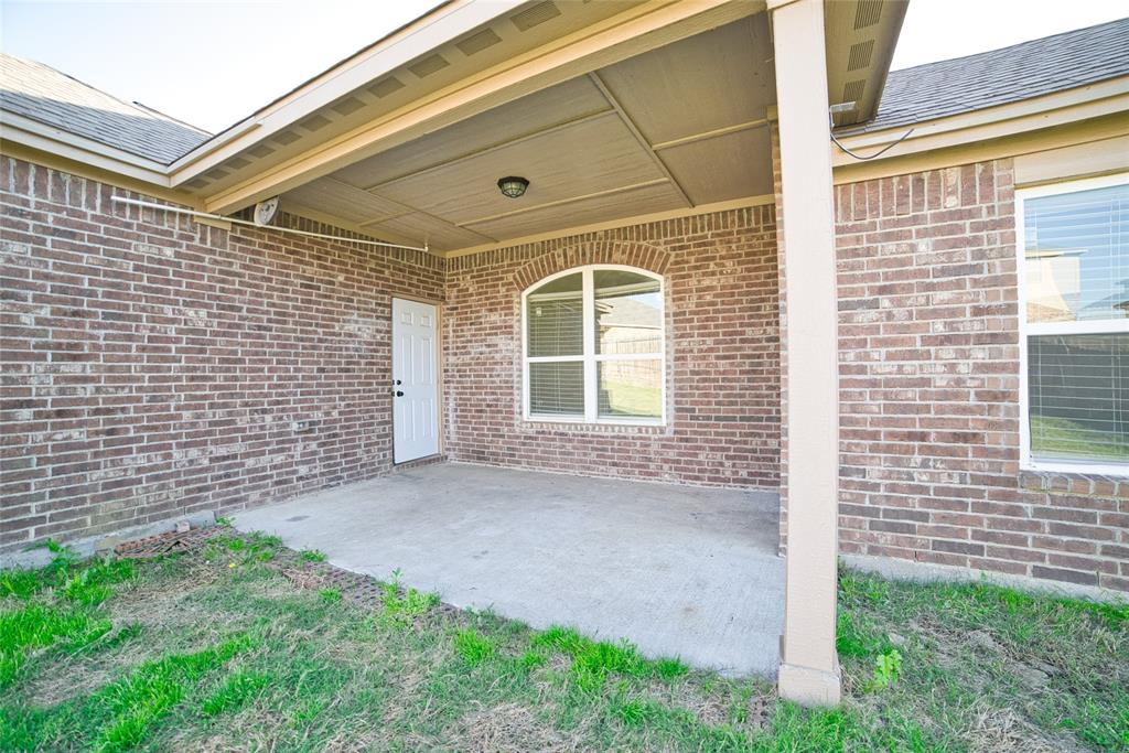 416 Lipizzan  Lane, Celina, Texas 75009 - acquisto real estate best photos for luxury listings amy gasperini quick sale real estate