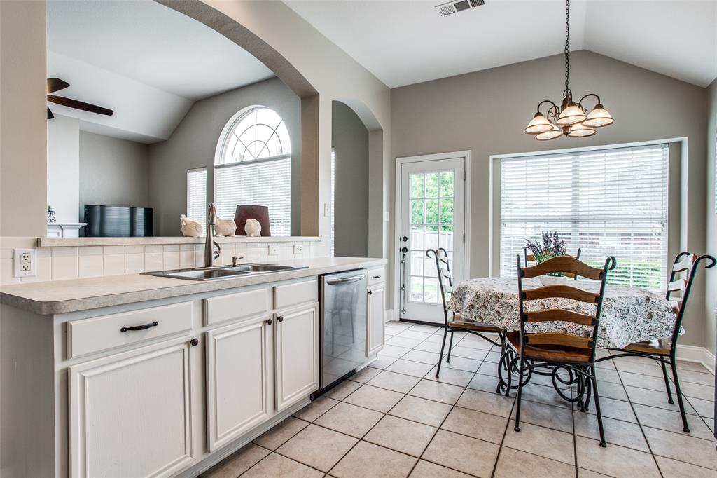 5004 Forest Lawn  Drive, McKinney, Texas 75071 - acquisto real estate best real estate company to work for