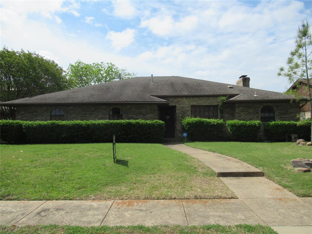 414 Fieldwood  Drive, Richardson, Texas 75081 - Acquisto Real Estate best frisco realtor Amy Gasperini 1031 exchange expert