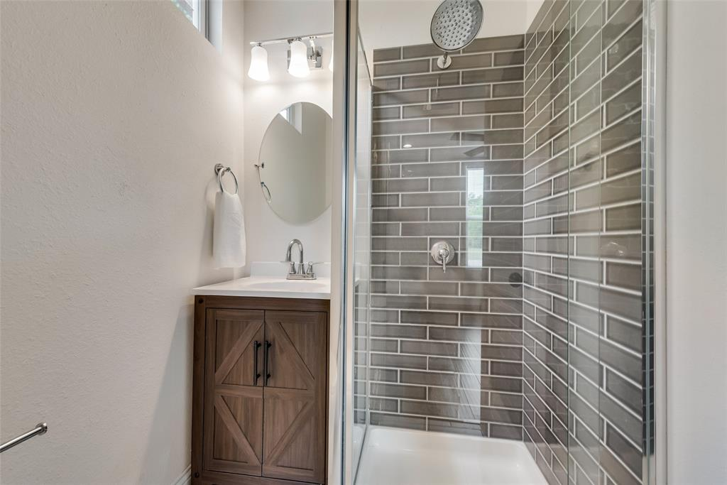 303 S. Walker  Street, Dallas, Texas 75149 - acquisto real estate best listing agent in the nation shana acquisto estate realtor