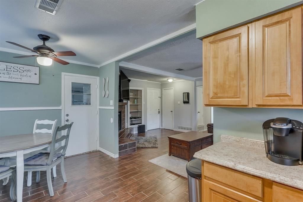 6529 Wooddale  Drive, Watauga, Texas 76148 - acquisto real estate best highland park realtor amy gasperini fast real estate service