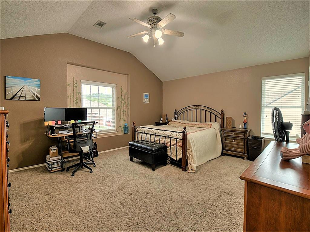 616 Creekview  Drive, Burleson, Texas 76028 - acquisto real estate best realtor dfw jody daley liberty high school realtor