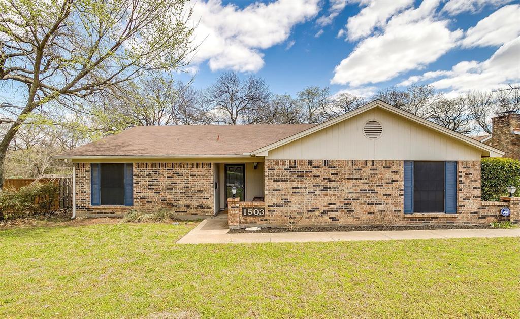 1503 Fielder  Road, Arlington, Texas 76012 - Acquisto Real Estate best plano realtor mike Shepherd home owners association expert