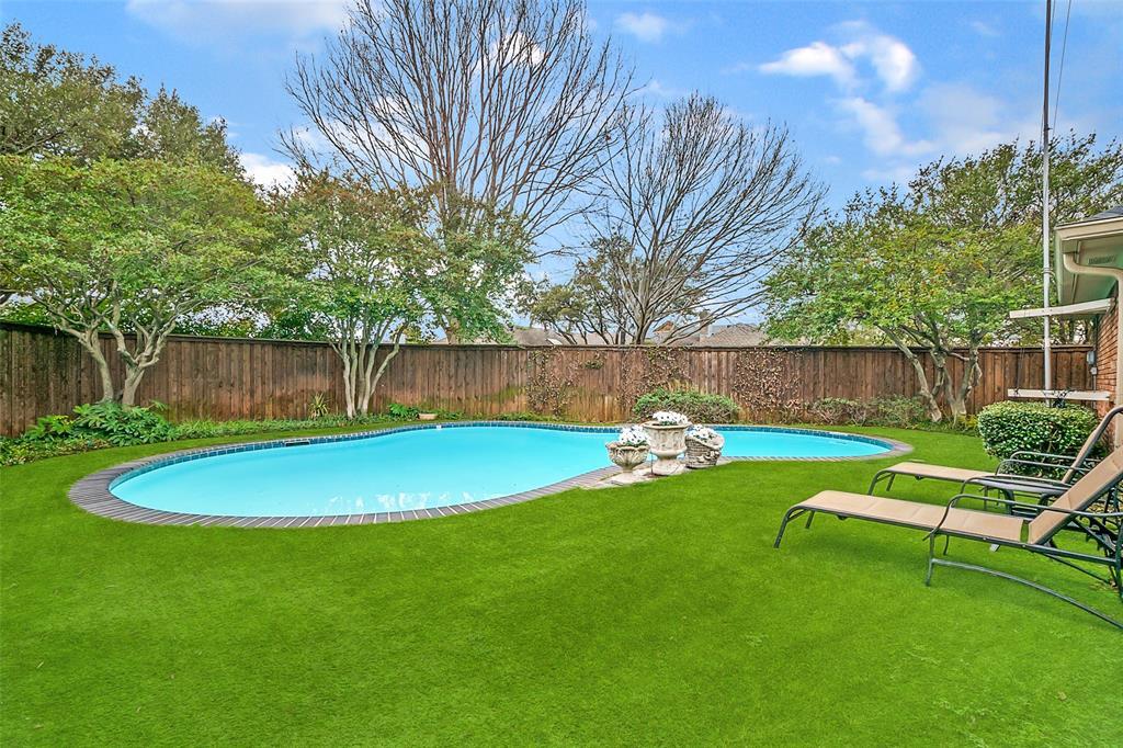 6606 Regalbluff  Drive, Dallas, Texas 75248 - Acquisto Real Estate best frisco realtor Amy Gasperini 1031 exchange expert