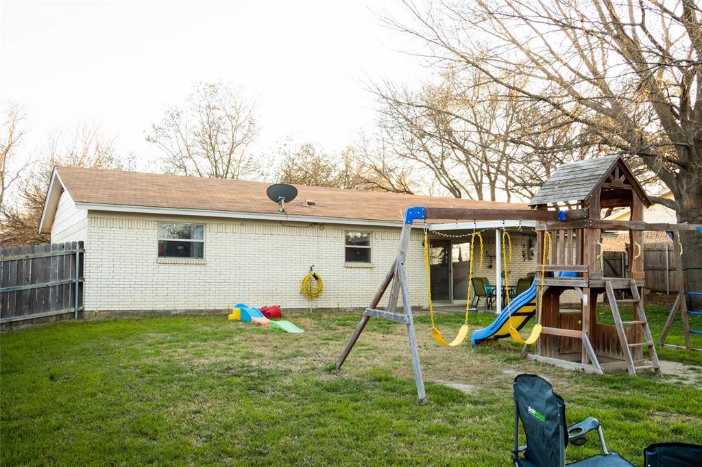 312 Boulder  Court, Burleson, Texas 76028 - acquisto real estate best realtor dfw jody daley liberty high school realtor