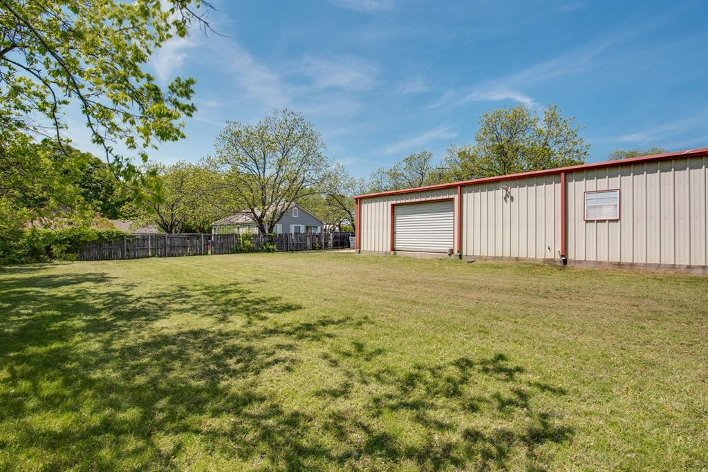 3011 Fannin  Avenue, Denison, Texas 75021 - acquisto real estate best frisco real estate broker in texas for high net worth buyers