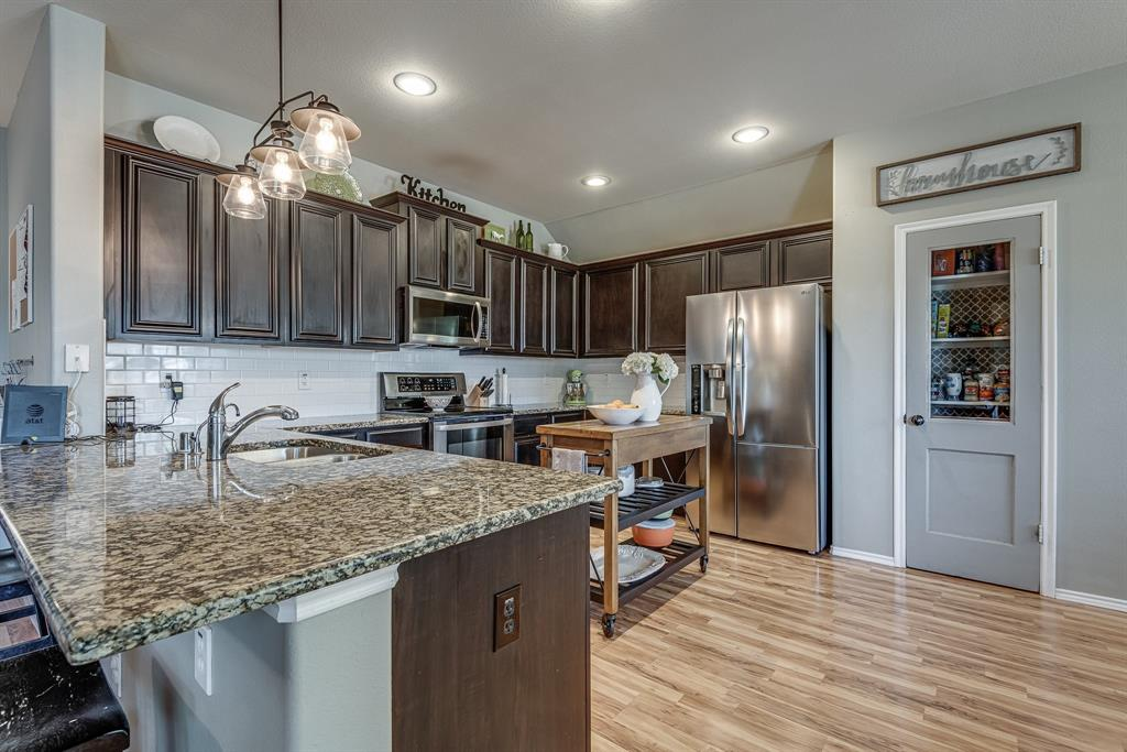127 Sumac  Drive, Waxahachie, Texas 75165 - acquisto real estate best real estate company to work for