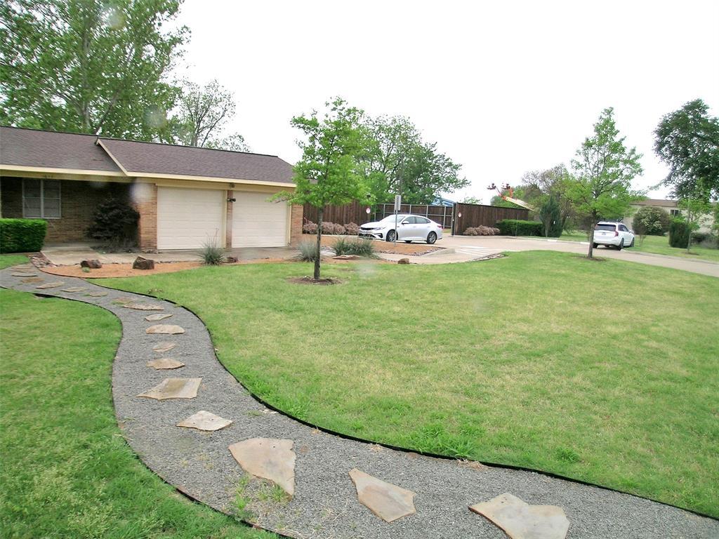 1617 Shady Grove  Road, Grand Prairie, Texas 75050 - Acquisto Real Estate best mckinney realtor hannah ewing stonebridge ranch expert