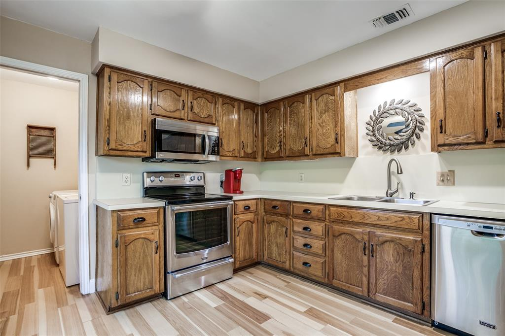 106 Forest  Lane, McKinney, Texas 75069 - acquisto real estate best real estate company in frisco texas real estate showings
