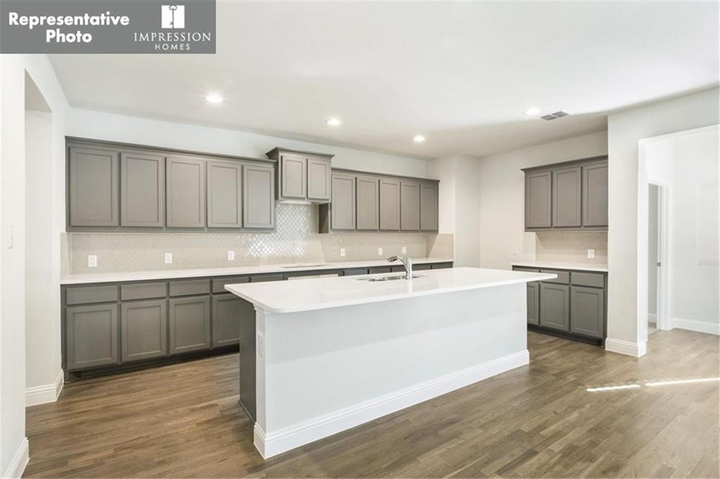 1500 Woodmere  Drive, Krum, Texas 76249 - acquisto real estate best real estate company to work for