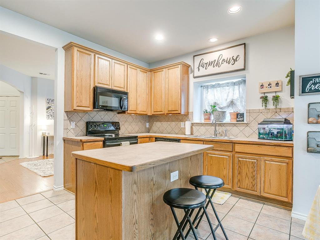 4420 Spring Garden  Drive, Arlington, Texas 76016 - acquisto real estate best listing agent in the nation shana acquisto estate realtor