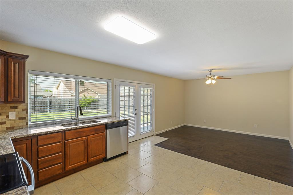 8105 Woodside  Road, Rowlett, Texas 75088 - acquisto real estate best listing listing agent in texas shana acquisto rich person realtor