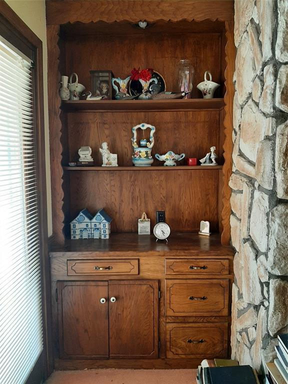 1717 Greendale  Drive, Dallas, Texas 75217 - acquisto real estate best new home sales realtor linda miller executor real estate