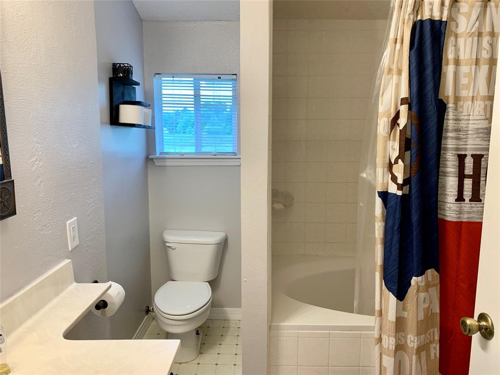 422 County Road 4778  Sulphur Springs, Texas 75482 - acquisto real estate best designer and realtor hannah ewing kind realtor