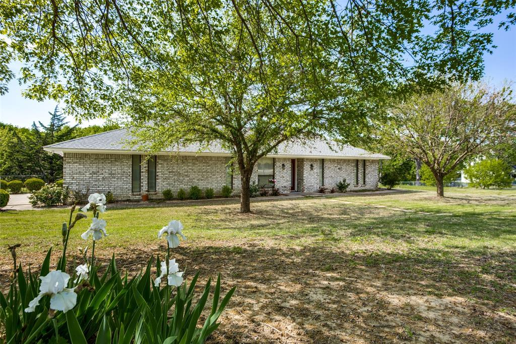 457 Raintree  Road, Bells, Texas 75414 - Acquisto Real Estate best plano realtor mike Shepherd home owners association expert