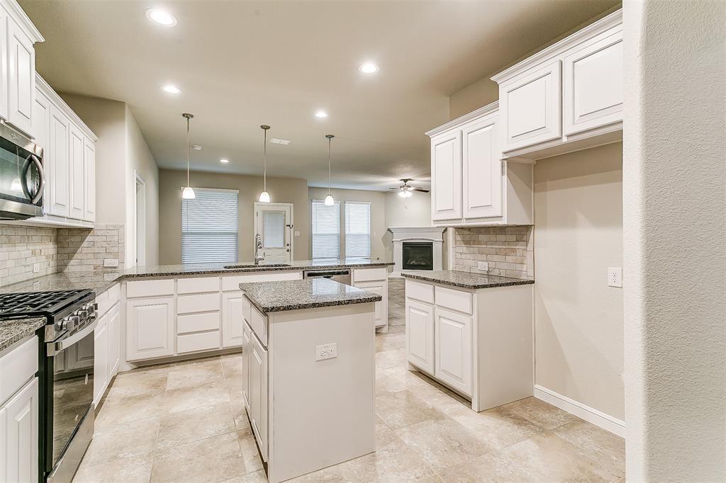 568 Pendennis  Drive, Saginaw, Texas 76131 - acquisto real estate best highland park realtor amy gasperini fast real estate service