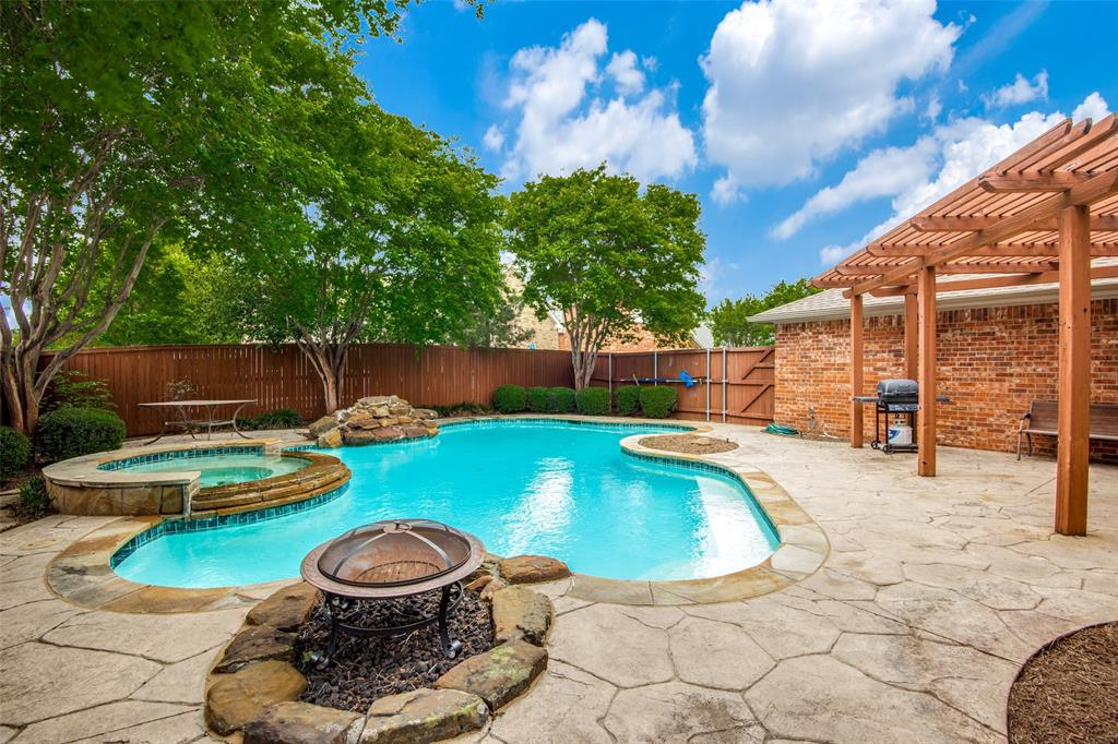 303 Hampton  Court, Coppell, Texas 75019 - acquisto real estate agent of the year mike shepherd