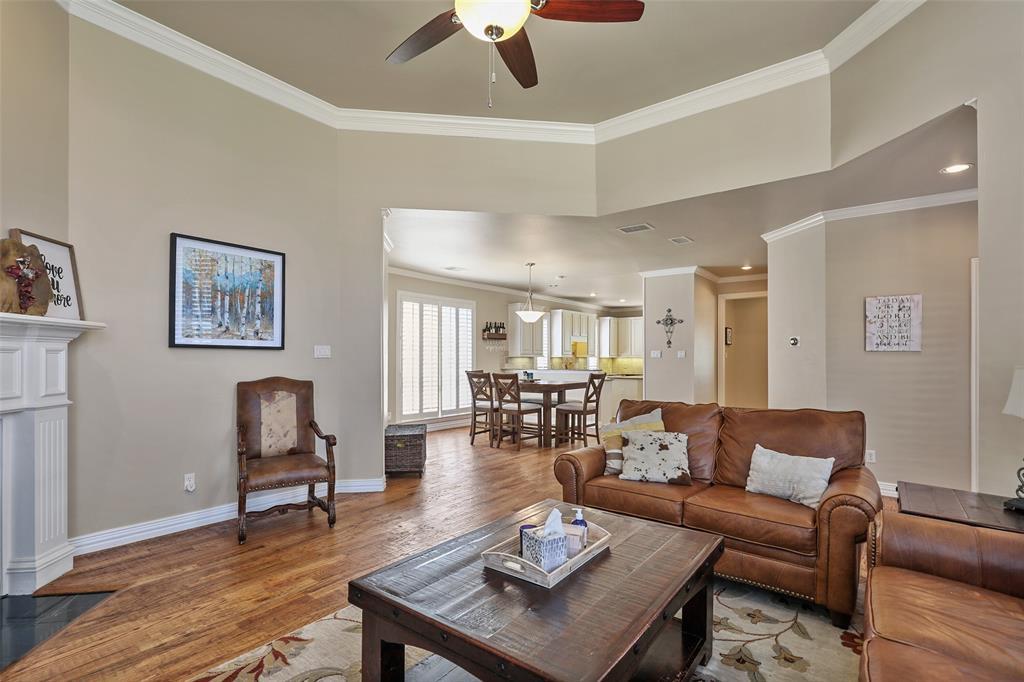 3828 Peppertree  Drive, Carrollton, Texas 75007 - acquisto real estate best luxury buyers agent in texas shana acquisto inheritance realtor