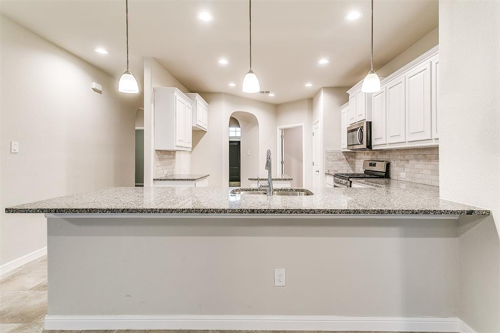 568 Pendennis  Drive, Saginaw, Texas 76131 - acquisto real estate best luxury buyers agent in texas shana acquisto inheritance realtor
