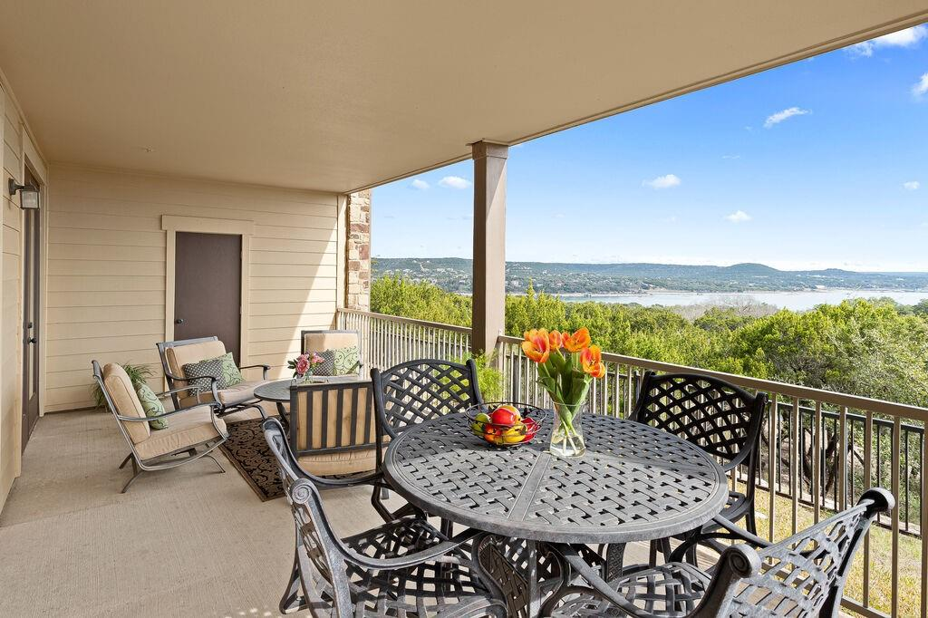 17720 Maritime Point  Drive, Jonestown, Texas 78645 - Acquisto Real Estate best frisco realtor Amy Gasperini 1031 exchange expert