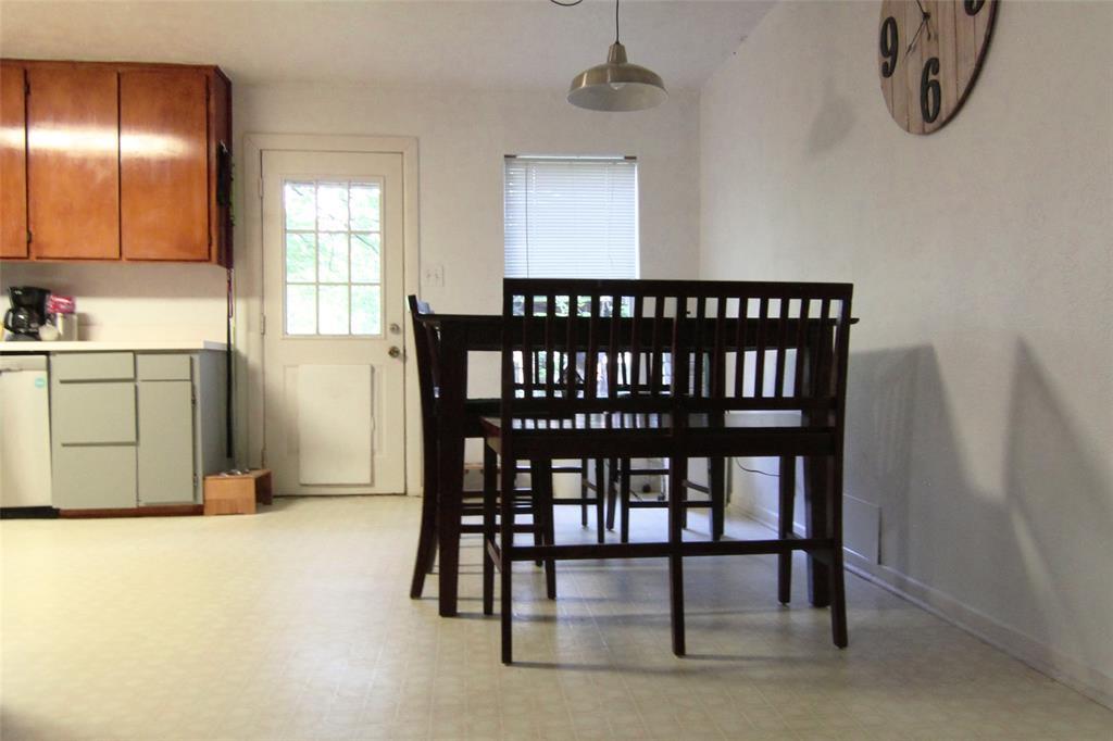 1013 Black  Street, Hurst, Texas 76053 - acquisto real estate best the colony realtor linda miller the bridges real estate