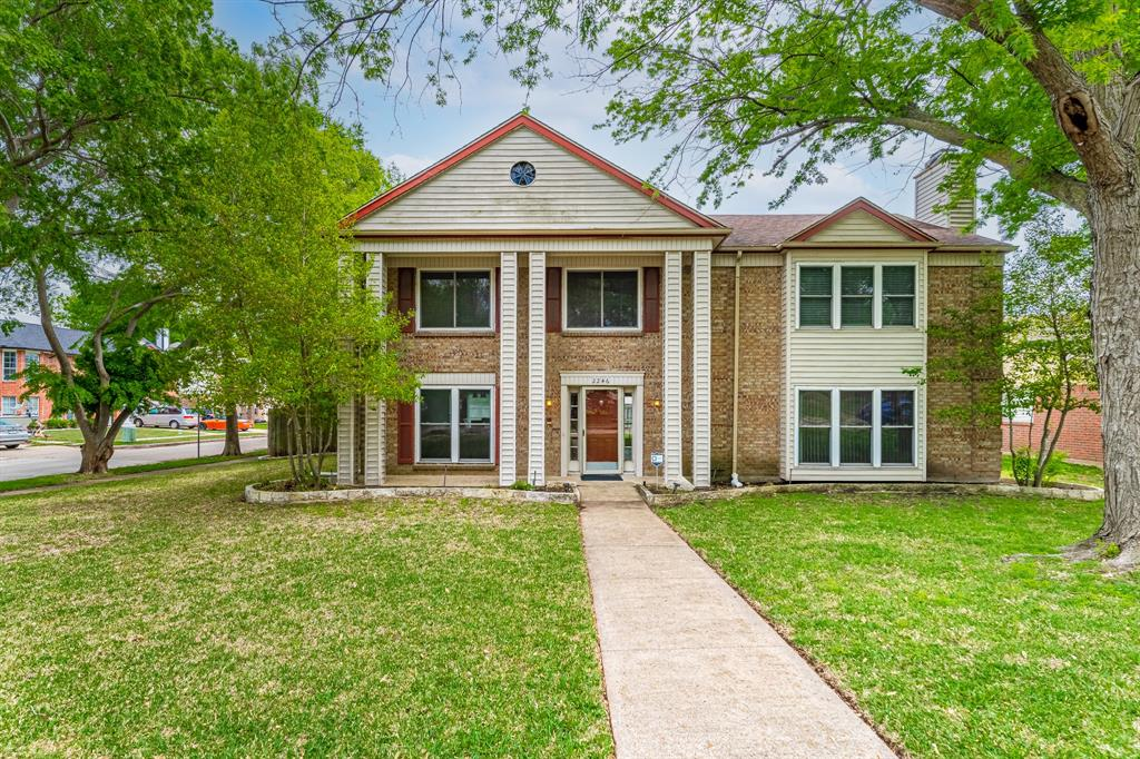2246 Villawood  Lane, Garland, Texas 75040 - Acquisto Real Estate best plano realtor mike Shepherd home owners association expert