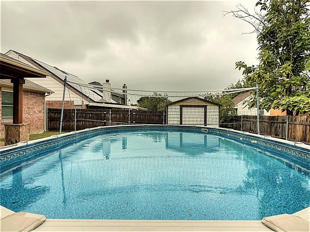 616 Creekview  Drive, Burleson, Texas 76028 - acquisto real estate best relocation company in america katy mcgillen