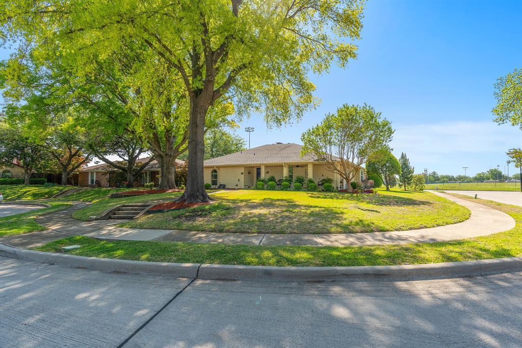 3514 Vanderbilt  Court, Garland, Texas 75043 - Acquisto Real Estate best plano realtor mike Shepherd home owners association expert