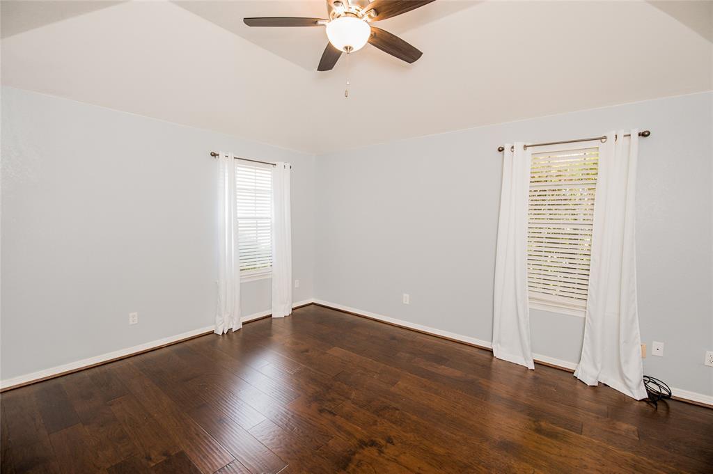 929 Boren  Drive, Waxahachie, Texas 75165 - acquisto real estate best negotiating realtor linda miller declutter realtor