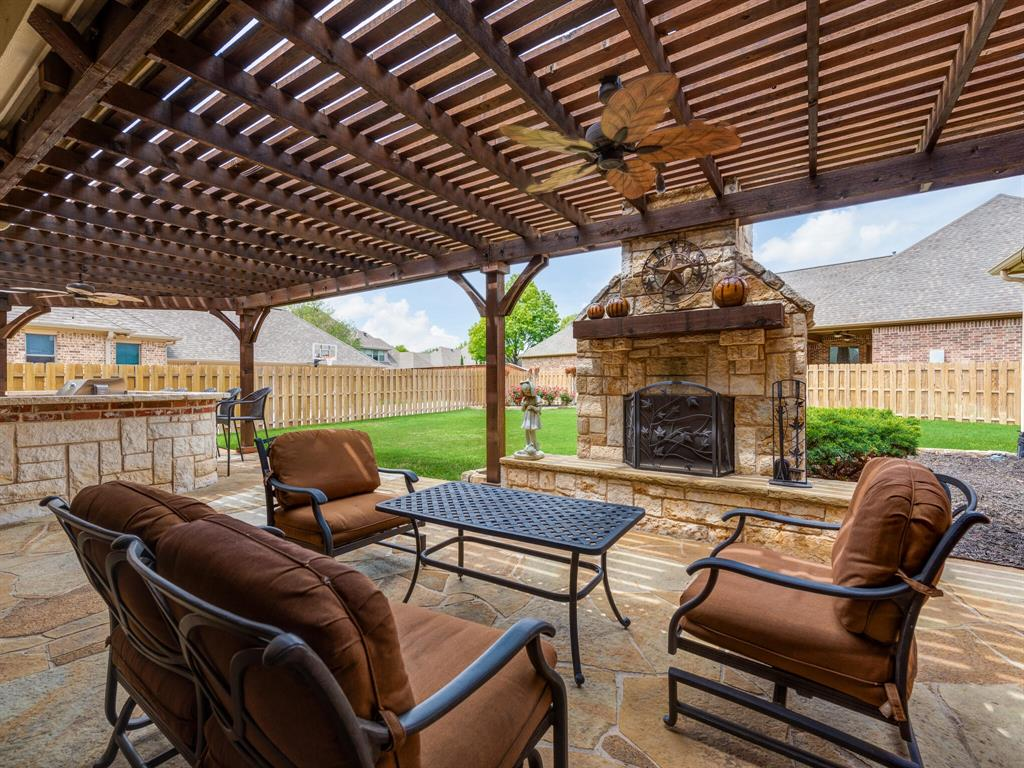 8309 Valley Oaks  Drive, North Richland Hills, Texas 76182 - acquisto real estate best luxury home specialist shana acquisto