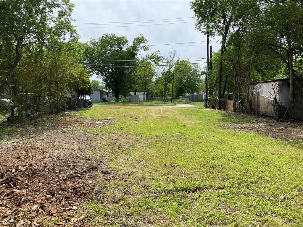 3814 Sunnyvale  Street, Dallas, Texas 75216 - acquisto real estate best prosper realtor susan cancemi windfarms realtor