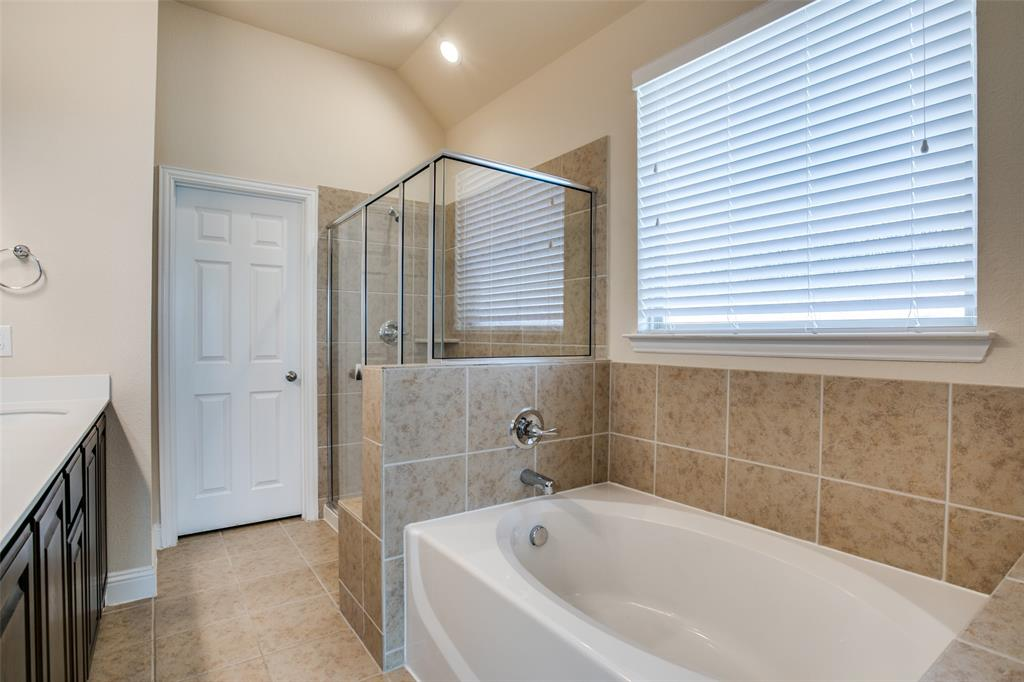 275 Ovaletta  Drive, Justin, Texas 76247 - acquisto real estate best realtor dallas texas linda miller agent for cultural buyers