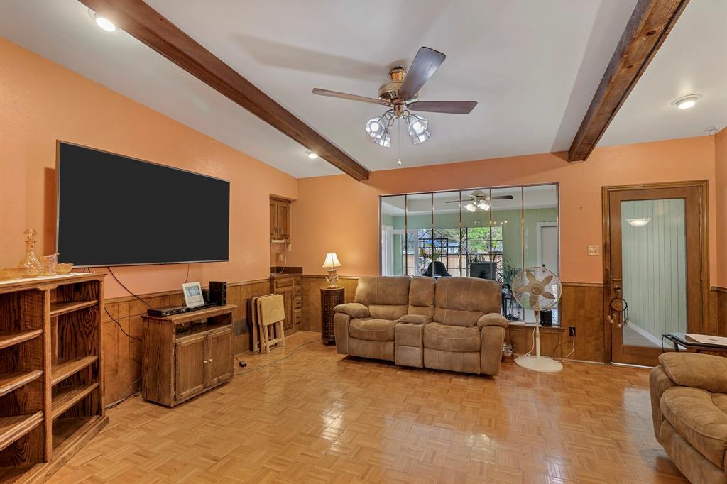 7126 Tabor  Drive, Dallas, Texas 75231 - acquisto real estate best highland park realtor amy gasperini fast real estate service