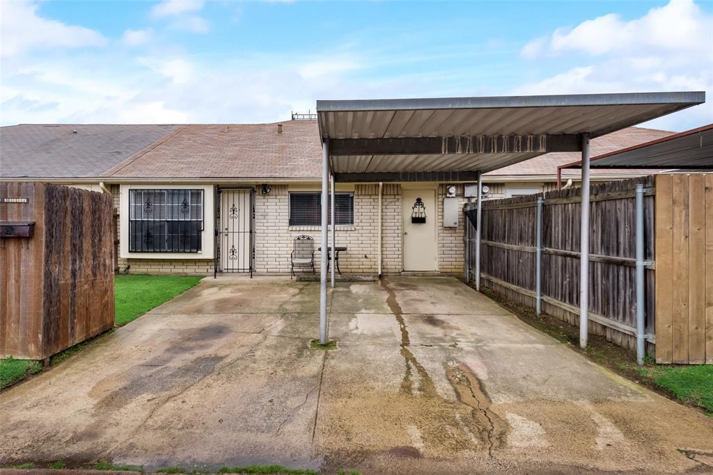 10 Townhouse  Lane, Grand Prairie, Texas 75052 - acquisto real estate best designer and realtor hannah ewing kind realtor